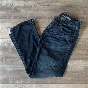 American Eagle low rise bootcut jeans size 32x32